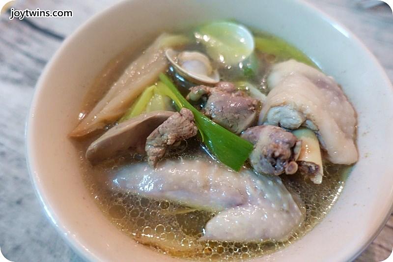 老菜脯蛤蠣雞(雞雜碎)湯 (13)