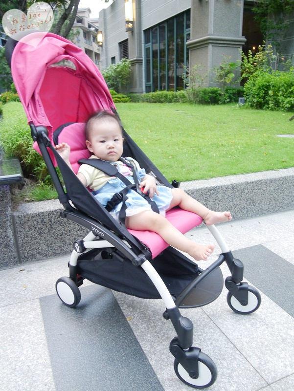 Babyzen Yoyo推車,輕量級魔法般收納法國小跑車!