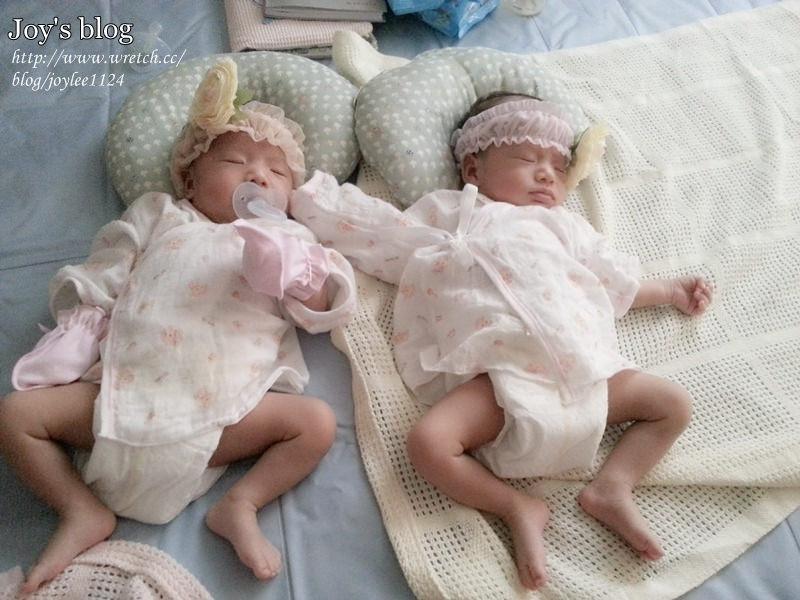 [育兒心情]1M5D之新手媽咪上路~雙寶大戰開始!
