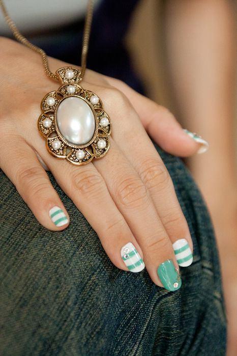 [Nail]夏天就要來點薄荷綠氣息X海洋風格的光療指甲