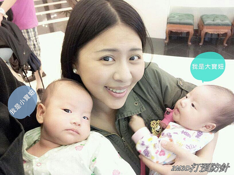 [育兒心情]2個月的雙寶們,在做些甚麼呢?