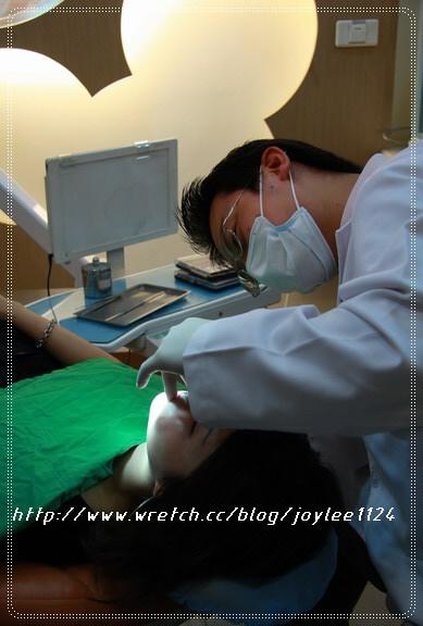 [2008.11.1]牙套回診紀錄-哈買兩齒出沒中